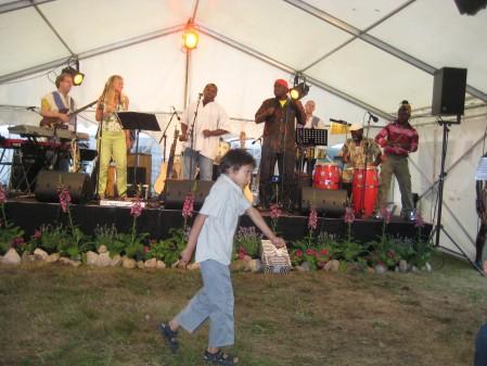 Edo Bumba med Amani Bumba Band
